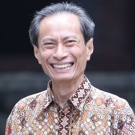 Prof. Julianus J. Sarungu